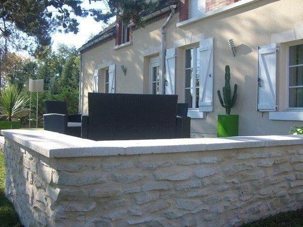 r alisation d 39 un muret en pierres traditionnelles. Black Bedroom Furniture Sets. Home Design Ideas