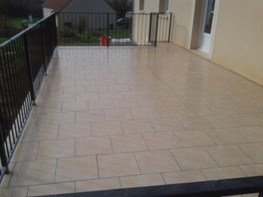 pose de carrelage sur balcon terrasse On pose carrelage terrasse